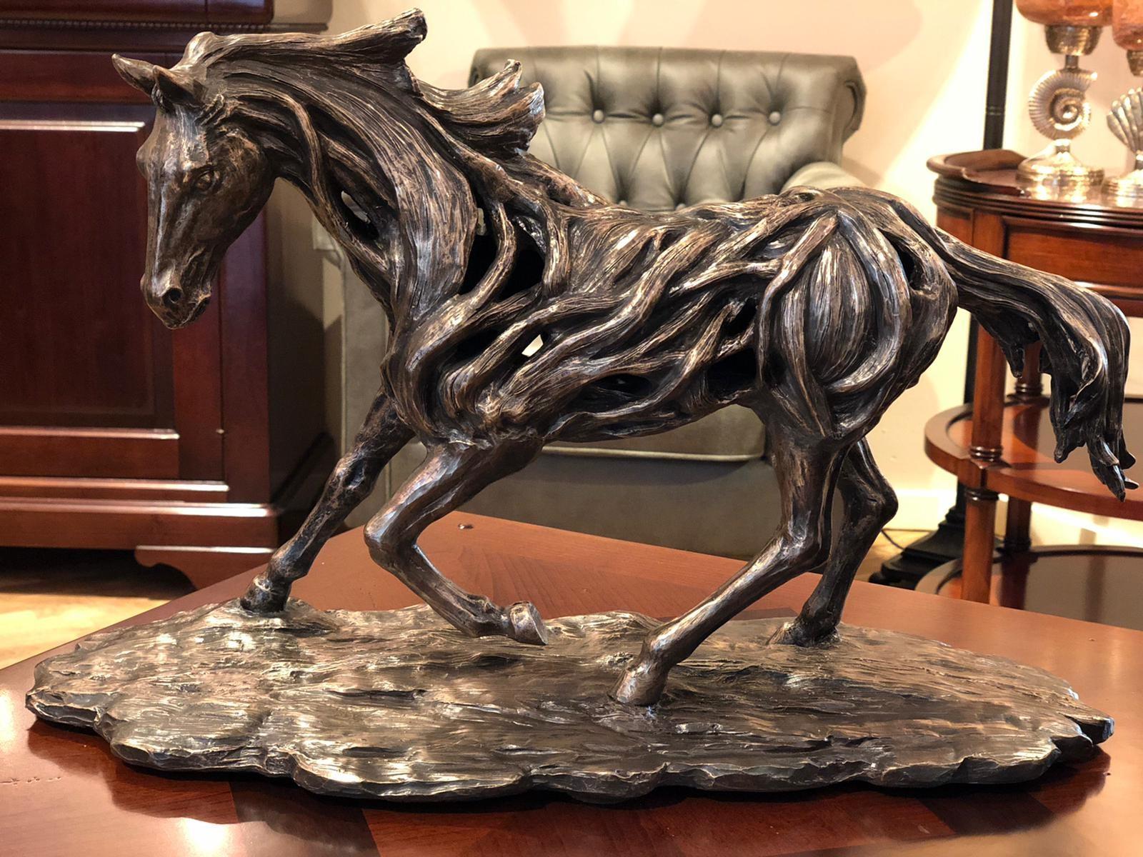 Bronzen paard op voet afm. H52xB33 cm-0